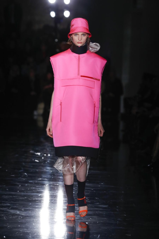 Η απίθανη Linea Rossa, η sportswear συλλογή του οίκου Prada, επιστρέφει