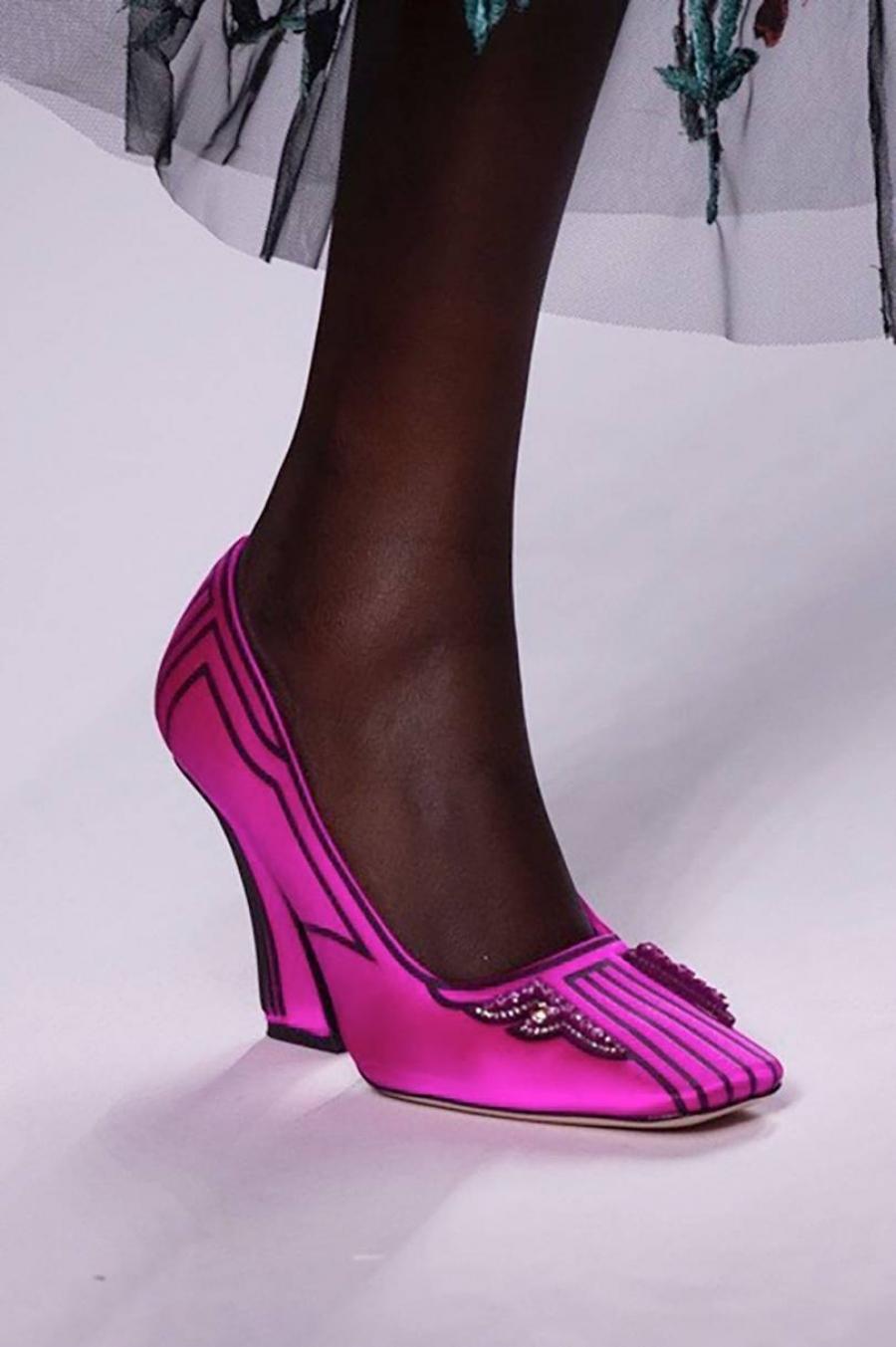 41d5f1688e4 Τα τετράγωνα παπούτσια είναι μεγάλη τάση - CityWoman
