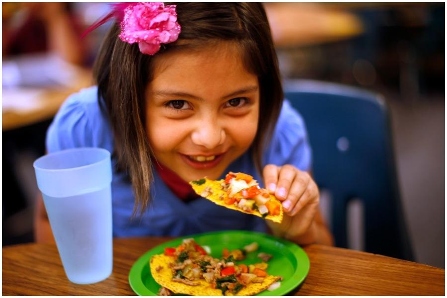 1b30206ef388 5 συνηθισμένες φράσεις που δεν πρέπει να λέμε στα παιδιά την ώρα του φαγητού