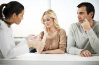 Είναι χρήσιμος τελικά και πόσο ένας σύμβουλος γάμου;