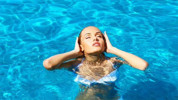 IΤο savoir vivre της πισίνας